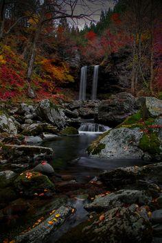 Couple Waterfall by Hidenobu Suzuki on 500px