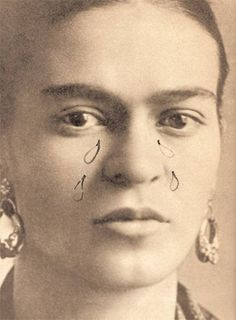 """Frida Kahlo photo (detail) by Guillermo Kahlo, 1932. Drawn in are tears and an inscription:  """"From your friend who is very sad"""""""