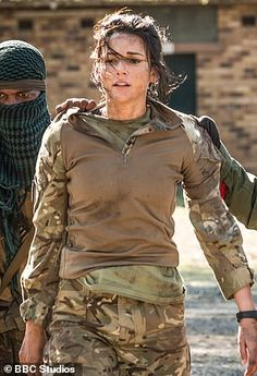 Michelle Keegan on her transatlantic marriage Female Armor, Female Soldier, Our Girl Bbc, Hero World, Michelle Keegan, Military Girl, Military Women, Strong Girls, American Pride