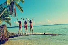 I want to go on vacation with all my best friends! You know who you are!!!