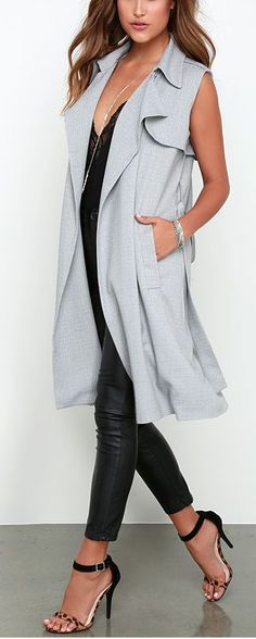 Make a modern statement with minimal effort with the Sleeve It At That Grey Sleeveless Trench Coat! A classic trench coat style with a sleeveless twist! Vest Outfits, Casual Outfits, Fashion Outfits, Womens Fashion, Fashion Trends, Fashion Shoes, Sleeveless Trench Coat, Sleeveless Duster, Cute Summer Outfits