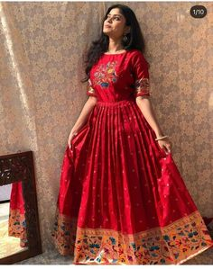 Party Wear Indian Dresses, Dress Indian Style, Indian Fashion Dresses, Indian Gowns, Indian Look, Indian Ethnic, Indian Wear, Party Dresses, Girls Frock Design