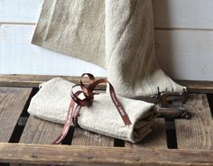 NATURAL French country 1 Linen Towel / shabby chic by ikabags,