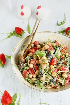 Sprouted Chickpea Salad with Pesto Yoghurt Sauce