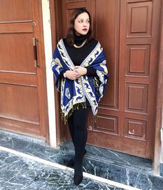 December vibes 🍁 . . . #whatiwore #wiw #instafashion #styleover40 #womenover40 #chic #fashion #stylist #lookbook #lookoftheday #outfitoftheday #ootd #citystyle #streetstyle #todayiwore #personalstyle #delhigirl #trendy #shawl #wrap #ootdsubmit #lifestyle #fashionblogger #delhi 