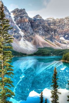 NATURE - Lake Moraine - Banff National Park | GI 365 #LandscapeNature