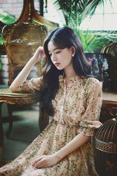 Asia Girl, Beautiful Asian Girls, Korean Style, Ulzzang Girl, Dress Party, Elegant Dresses, Cute Girls, Korean Fashion, Style Fashion