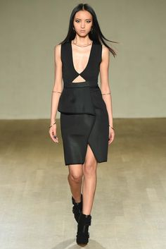 Issa Fall 2015 Ready-to-Wear - Collection - Gallery - Style.com http://www.style.com/slideshows/fashion-shows/fall-2015-ready-to-wear/issa/collection/8