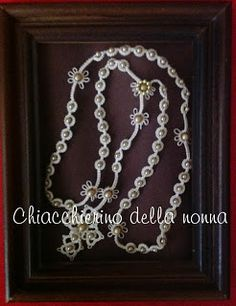 Chiacchierino della nonna Tatting Patterns Free, Prayer Beads, Bead Crochet, Doilies, Free Pattern, Projects To Try, Diamond, Crosses, Crocheting