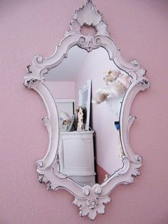 mirror - something similar to this would look amazing in Isla's room.