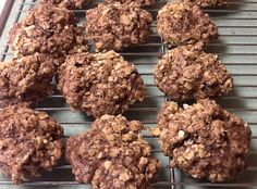 How to make chocolate oatmeal cookies first u get all the ingredients. Then you cream together butter and sugar. You beat in the one egg. You melt the two ounce chocolate then add with the oats
