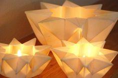 Origami star lantern tea lights ideas for 2019 Origami And Kirigami, Origami Love, Origami Stars, Origami Paper, Dollar Origami, Origami Ball, Oragami, Origami Flowers, Origami Lights