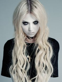 Taylor Momsen New Outtake from Zink Magazine Photoshoot | COME AS YOU ARE