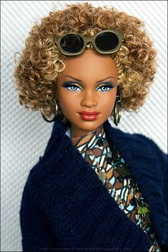 Birthday Stuff: From Hubs | outfit, sunglasses, necklace, earrings and bag: Fashion Royalty. Barbie Basics Model 08, Collection Red (Target Exclusive) on a Pop Life Christie pivotal body. | Flickr - Photo Sharing!
