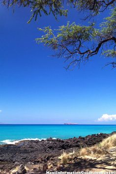 View of Molokini Crater from Makena, Maui, Hawaii