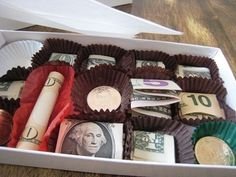 Cute idea for money gift in chocolate box Creative Gifts, Cool Gifts, Unique Gifts, Best Gifts, Unique Cards, Holiday Fun, Holiday Gifts, Christmas Gifts, Xmas