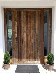 Eingangstür - Altholz Sweet Home, Interior Design, Furniture, Home Decor, Sheet Metal, Old Wood, Nest Design, Decoration Home, House Beautiful