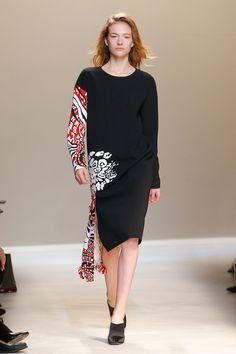 Krizia Fall 2017 Ready-to-Wear Collection Photos - Vogue