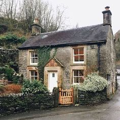 Milldale walk, Peak District, England #englishcottagegardens