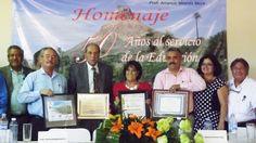 Organizan SEP-SNTE homenaje al profesor Amancio Miranda Meza por 50 años de labor docente