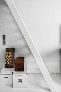 stairs bondegatan stockholm fantastic frank fastighetsmäkleri