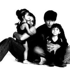 Shahrukh Khan, Gauri Khan, Aryan and Suhana