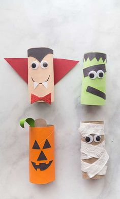 Halloween toilet paper crafts - mummy - jack-o-lantern, dracula, frankstein These Halloween toilet paper roll crafts are so easy and fun to make! Make a pumpkin, mummy, vampire and frankestein toilet paper craft. Halloween Craft Activities, Halloween Arts And Crafts, Halloween Crafts For Toddlers, Halloween Crafts For Kids, Toddler Crafts, Halloween Ideas, Halloween Halloween, Halloween Makeup, Holiday Crafts
