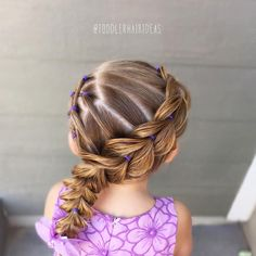 728 vind-ik-leuks, 28 reacties - Cami 🎀 Toddler Hair Ideas (@toddlerhairideas) op Instagram: 'Today I started with some side criss-crosses and pulled it all together with a wrap-around pull-…'