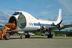 Brooks Fuel ATL-98 Carvair N898AT offloading at PABT