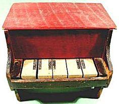 Un piano... avec les marques de la scie circulaire encore apparentes...