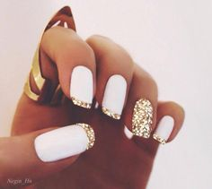 nails white&gold