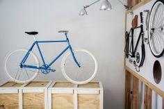 Francoise azul ruedas blancas