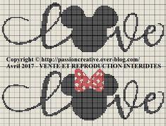 Free cross stitch pattern: Mickey and Minnie love 1 - Creative Passion Cross Stitch Bookmarks, Crochet Bookmarks, Cross Stitch Love, Cross Stitch Charts, Marque-pages Au Crochet, Crochet Cat Pattern, Crochet Disney, Wedding Cross Stitch Patterns, Disney Cross Stitch Patterns