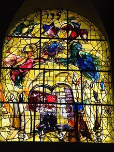 Hadassah_Chagall_Windows-_Tribe_of_Levi