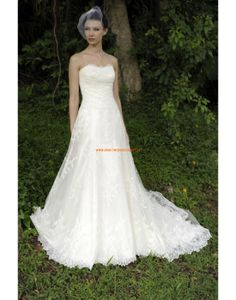 Augusta Jones 2013 Moderne Exklusive Hochzeitskleider aus Softnetz