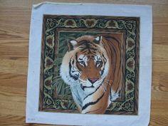 Verte jungle Tigers in the Jungle Margot de Paris Tapestry//Needlepoint Kit