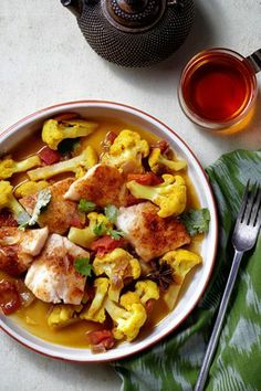 This one is a must try for sure! Double yum! Chef Meeru Dhalwala's Chili-Rubbed Halibut With Cauliflower Curry - WSJ.com #deciousrecipes
