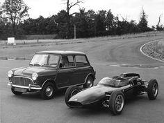 An Austin Seven Cooper vs. a Cooper Formula Junior. Who's going to win?