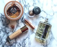 I finally managed to get my October Favourites up! The Body Shop, October, Kitchen Appliances, Diy Kitchen Appliances, Home Appliances, Domestic Appliances