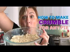 This recipe for crumble topping is the perfect crumble for any pie recipe. You can even make it for muffins or coffee cake! Blueberry Crumble Pie, Apple Crumble Recipe, Fruit Cobbler, Fruit Pie, Blueberry Cake, Apple Pie, Pie Crumble Topping, Crumb Topping Recipe, Pumpkin Pie Recipes