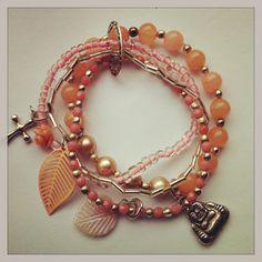 Beaded Bracelet pink roze kralen armband van HomemadeBy op Etsy, €10.00