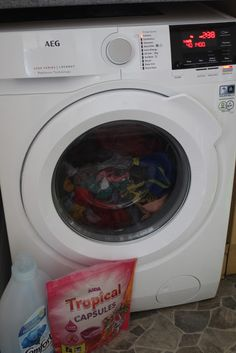 AEG 6000 Series L6FBG941R 9kg Washing Machine | Review, Emily and Indiana, A review of the AEG Washing Machine from AO.com