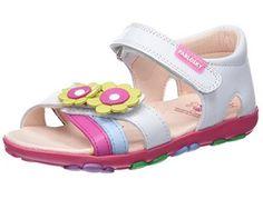 3cee5a304 Sandalias con punta abierta para niñas Pablosky