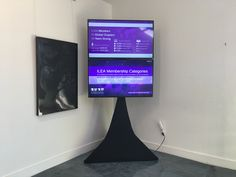 Great for a small space presentation or slideshow. Video Wall, Display Screen, Photomontage, Screens, Small Spaces, Presentation, Small Space, Tiny Cabins, Window Screens