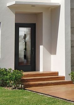This Belleville Smooth Door With Cuzco Full Lite Glass