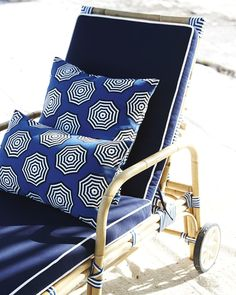 First Look: Serena & Lily's Summer Collection Outdoor Pillow Covers, Outdoor Throw Pillows, Throw Pillow Covers, Norah Jones, Pool Chairs, Beach Chairs, Interior Design Advice, Outdoor Furniture, Outdoor Decor
