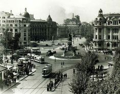 Old Pictures, Old Photos, Little Paris, Bucharest Romania, Old City, Time Travel, Places Ive Been, Paris Skyline, Istanbul