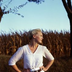 Laura Marling. One of the most beautiful humans I've ever had the pleasure to be around.