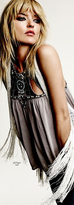 Free People • ≫∙∙☮ Bohème Babe ☮∙∙≪• ❤️ Babz ✿ιиѕριяαтισи❀ #abbigliamento #bohojewelry #boho