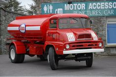 Cool Trucks, Big Trucks, Classic Trucks, Classic Cars, Bedford Truck, Fuel Truck, Old Lorries, Old Commercials, Cab Over